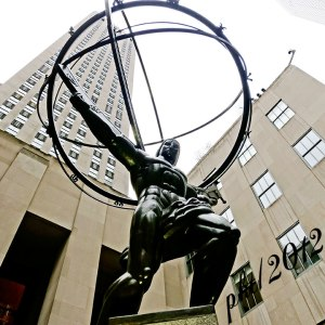 IMG_5230web-Atlas-statue