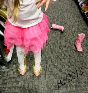 IMG_6341webJade-gold-high-heels