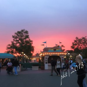 IMG_0075pink-sunset-disneyland
