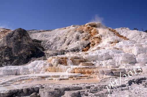 DSC_9487.mammoth hot springs